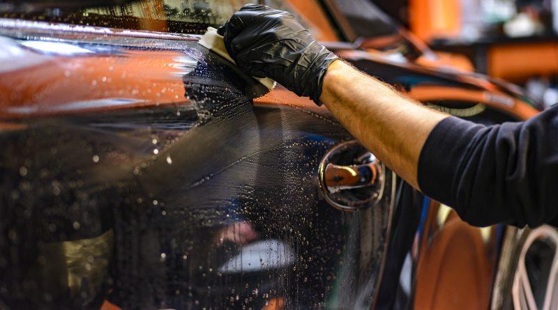 Auto reinigen met goede middelen